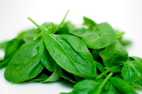 verduras hoja verde y sintrom